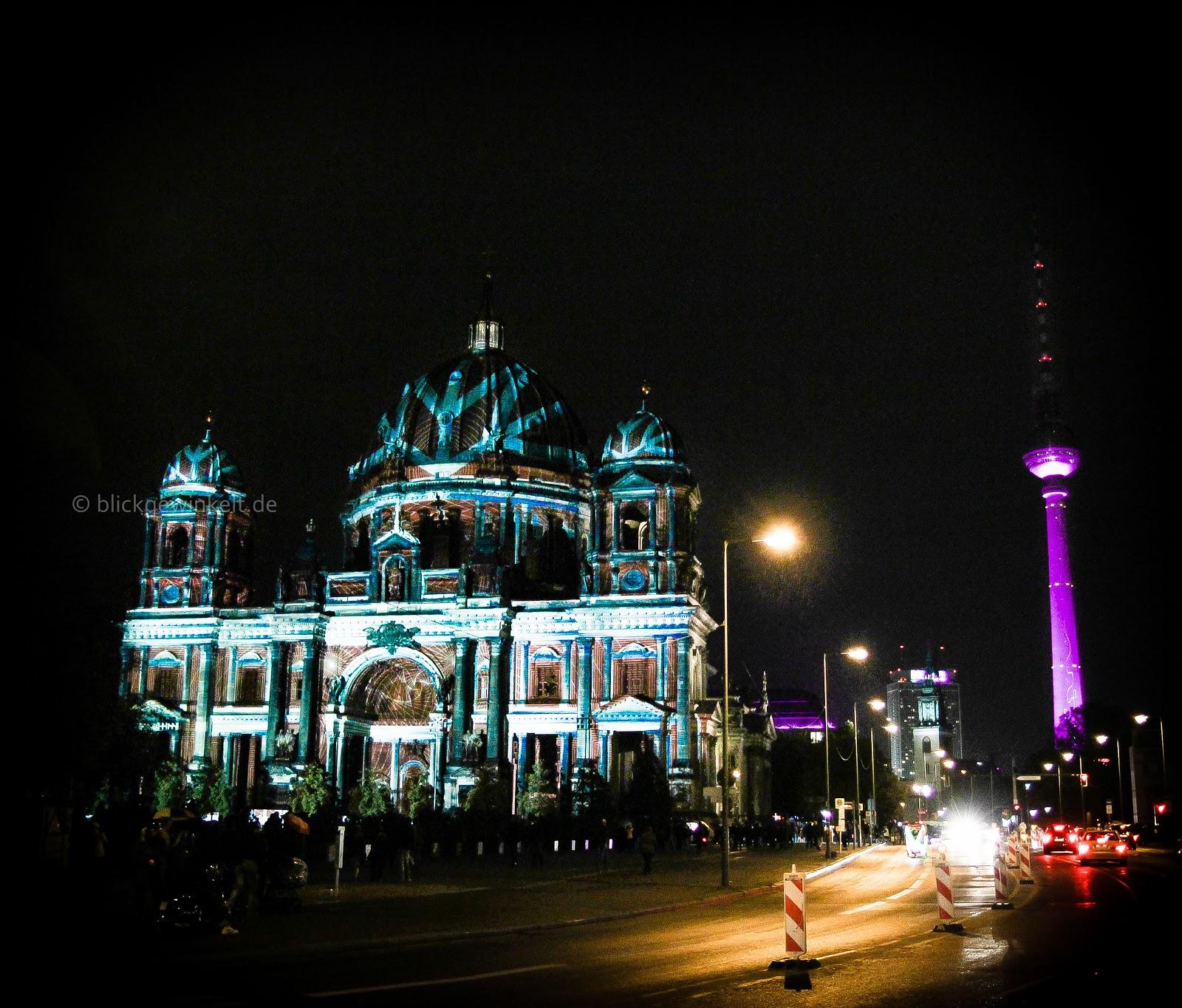 Der Berliner Dom beim Festival of Lights 2012