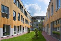 14-Docks-school-by-Mikou-design-studio