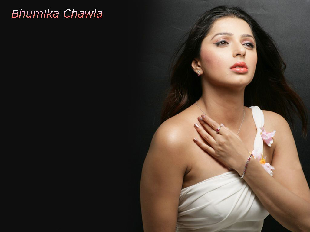 Bhumika Chawla Latest Photos, Hot Bhumika Chawla Stills, Bhumika ...