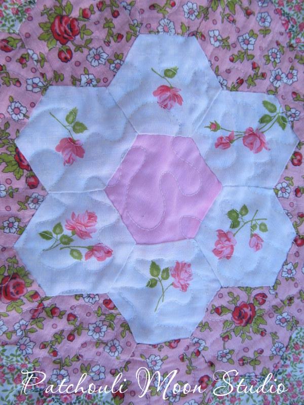 Patchouli moon studio grandmother 39 s flower garden quilt - Grandmother s flower garden quilt ...
