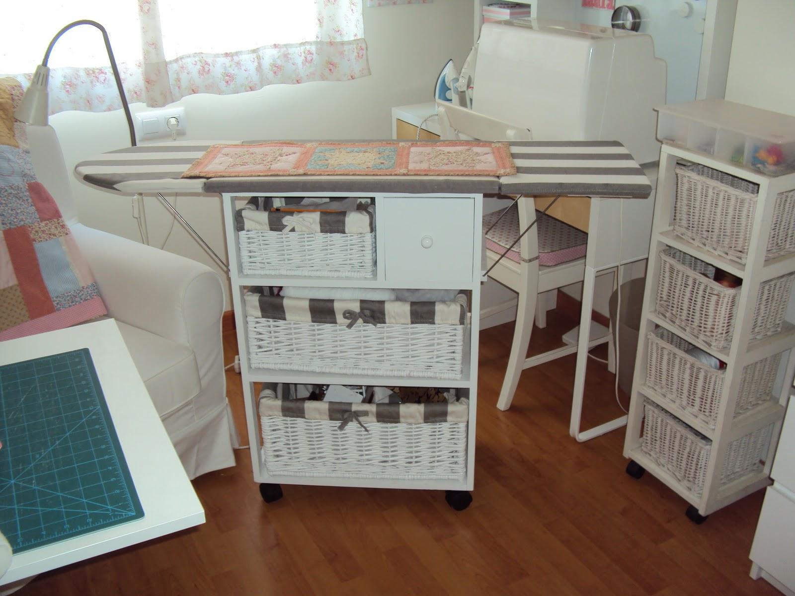 Mercedes y sus mu ecas manualidades etc mi cuarto - Mueble de costura ...