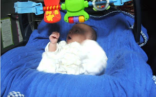 Max has his 6 week doctor appointment for baby immunization, vaccination, vaccines