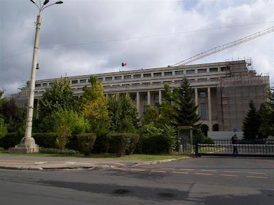 Palatul din Piata Victoriei (Bucarest)