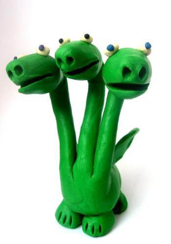 Змей горыныч из пластилина