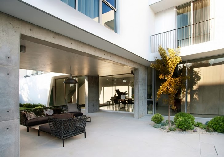 Terrace in the Luxury modern family home in Venice, California