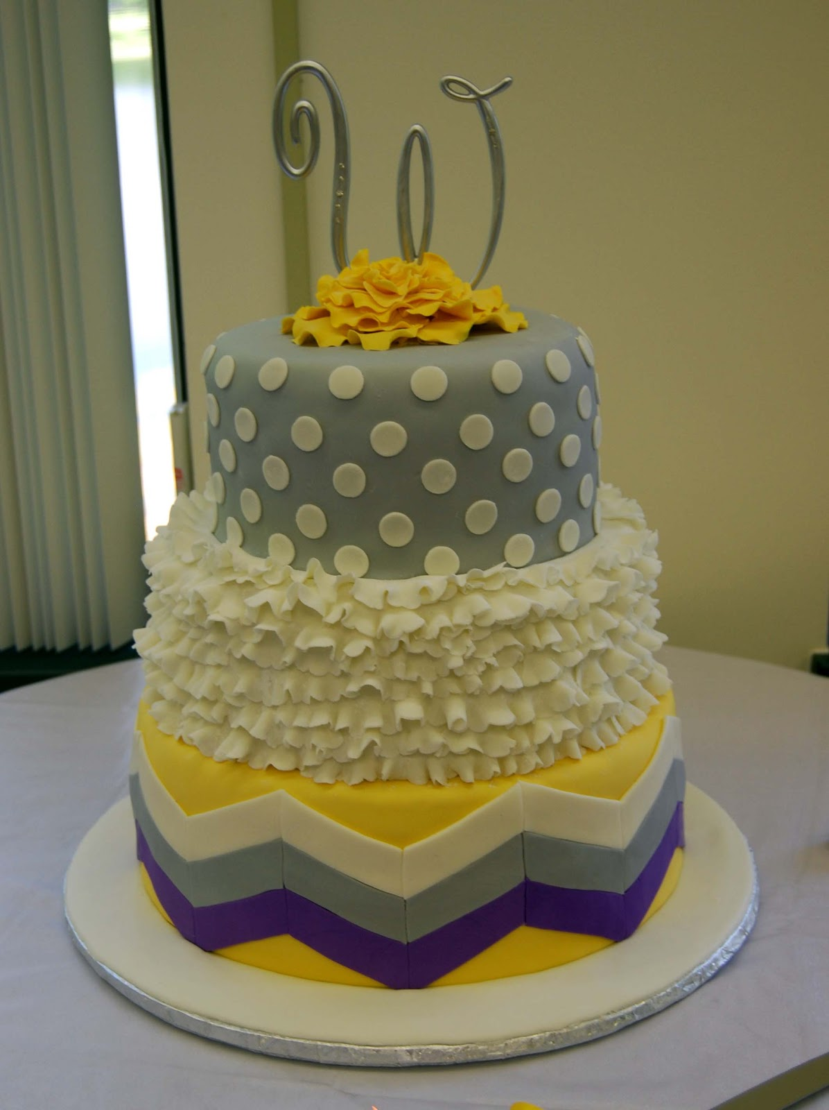 leelees cake abilities grey and yellow wedding cake