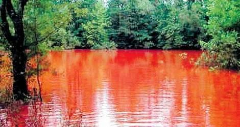 danau di indonesia yang airnya warna warni