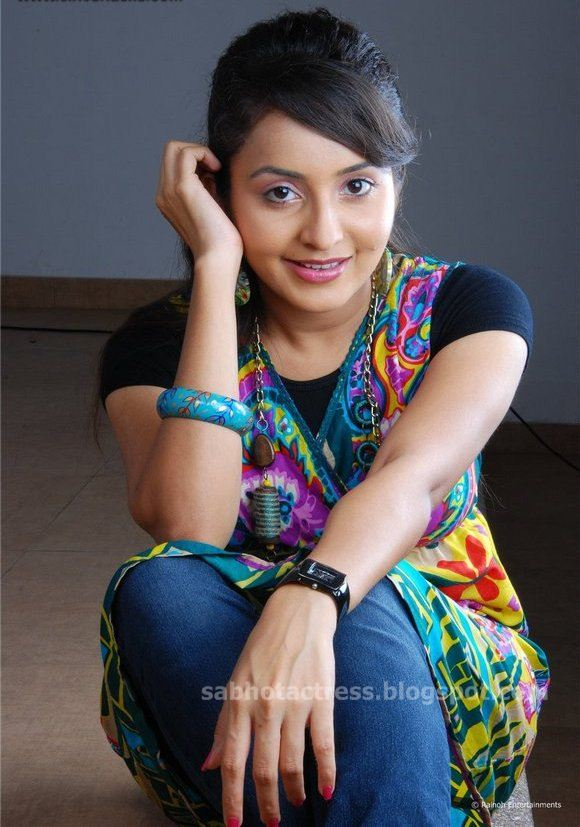 Hot And Cute Shoot Gallery Stills Actress Kamapichachi S