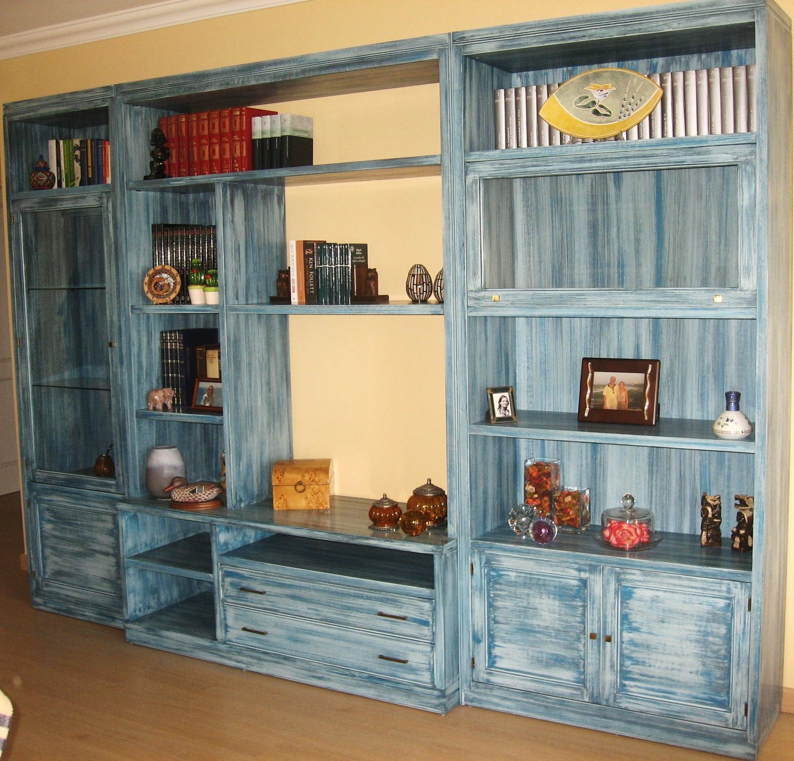 Restaurata p tinas for Muebles de anticuario
