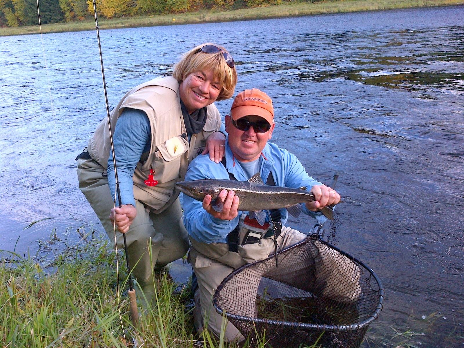 Rod 39 s miramichi fishing reports autumn salmon fishing on for Mighty mite fishing rod