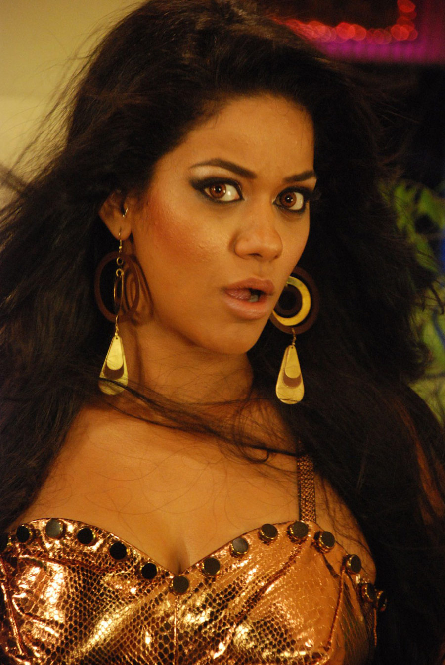 Mumaith Khan in Spicy Tight Jeans at Thikka Movi First Look Launch