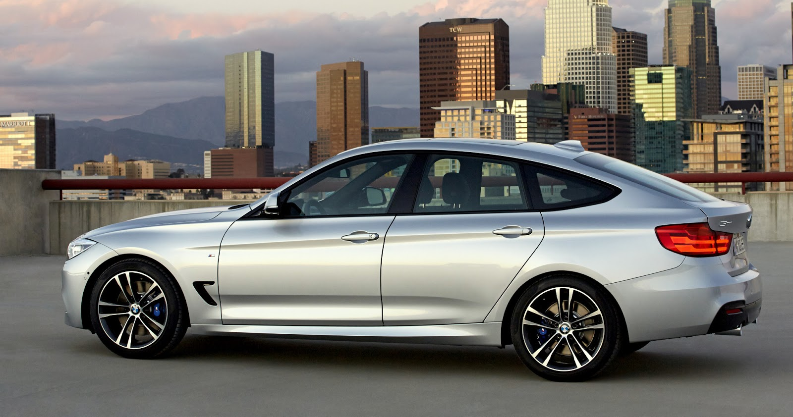 Review moreover 2014 Station Wagon Buyer S Guide together with 2014 Bmw 3 Series Gran Turismo Gets together with 2016 as well Showthread. on bmw 328i 4 cylinder