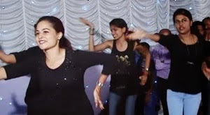 Kerala hindu wedding with Dance