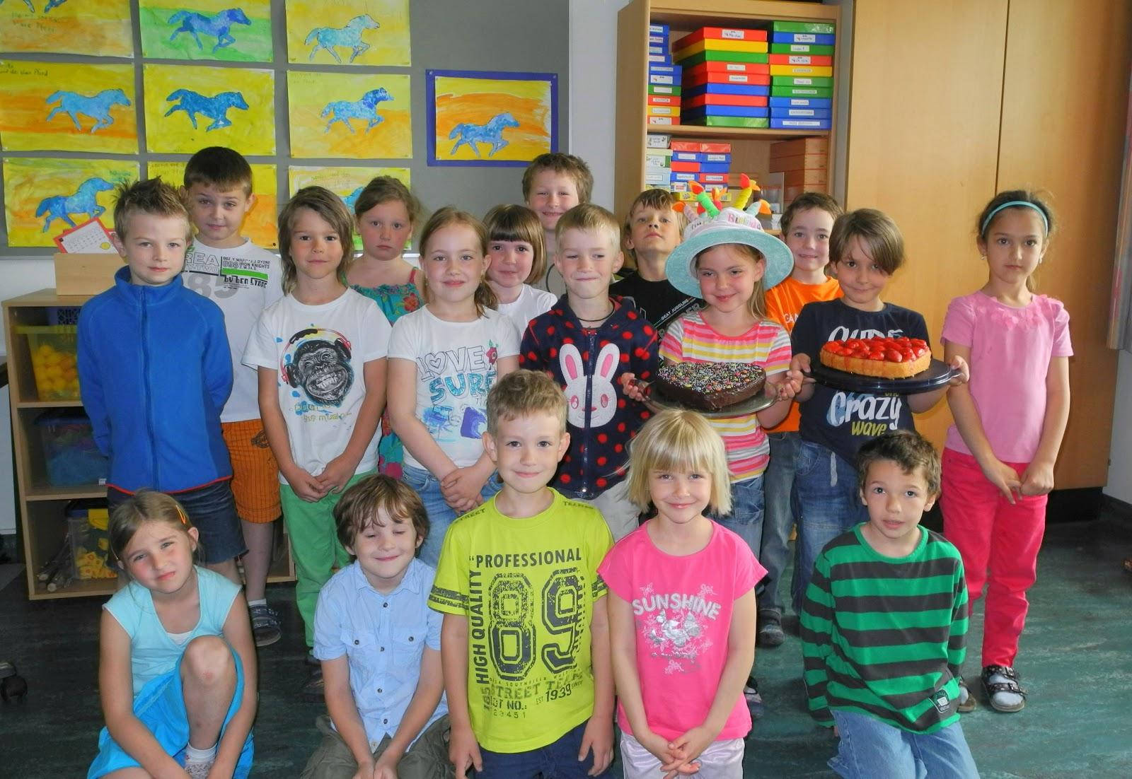 Vs Steinhaus 1 Klasse Schuljahr 2012 13 Julia Hat Geburtstag