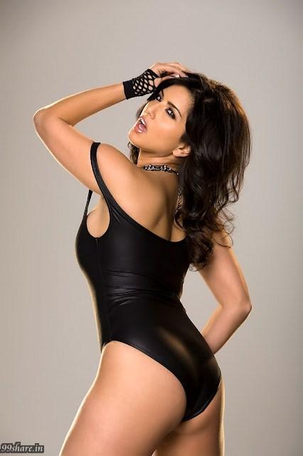 Sunny Leone Very Hot