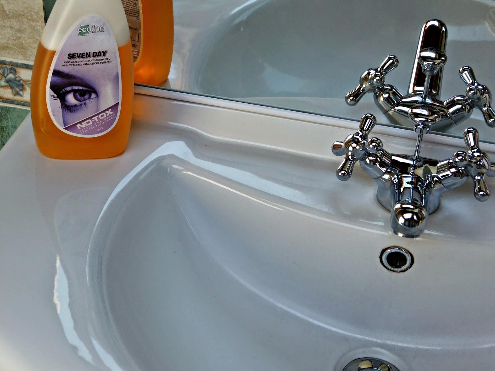 Dimmi con chi vai e ti diro 39 chi sei no tox clean different - Pavimenti lucidi a specchio ...