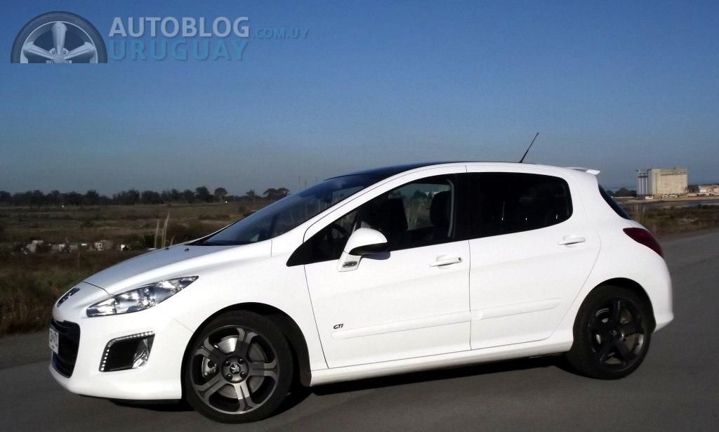 prueba peugeot 308 gti 1 6 thp 200 parte 1 autoblog uruguay. Black Bedroom Furniture Sets. Home Design Ideas