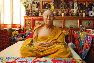Tenga Rimpoche sitting in meditation after parinirvana