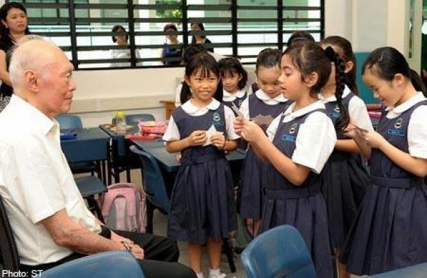 Minister Mentor Lee Kuan Yew at Raffles Girls' Primary School (RGPS).