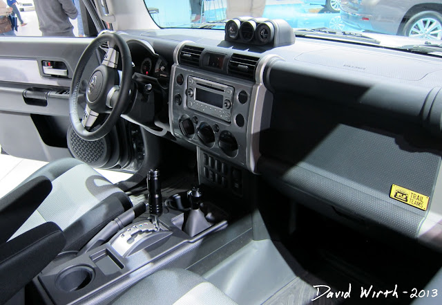 jeep fj cruiser interior, 2013, 2014, vehicle