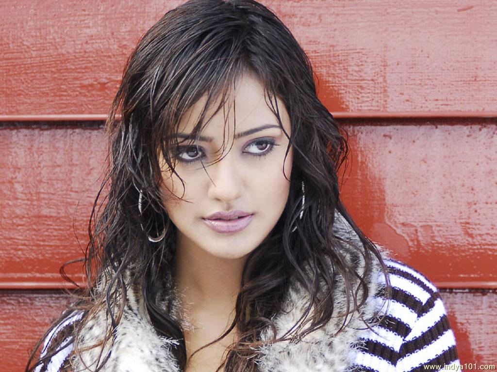 Hot Neha HD wallpaper for download