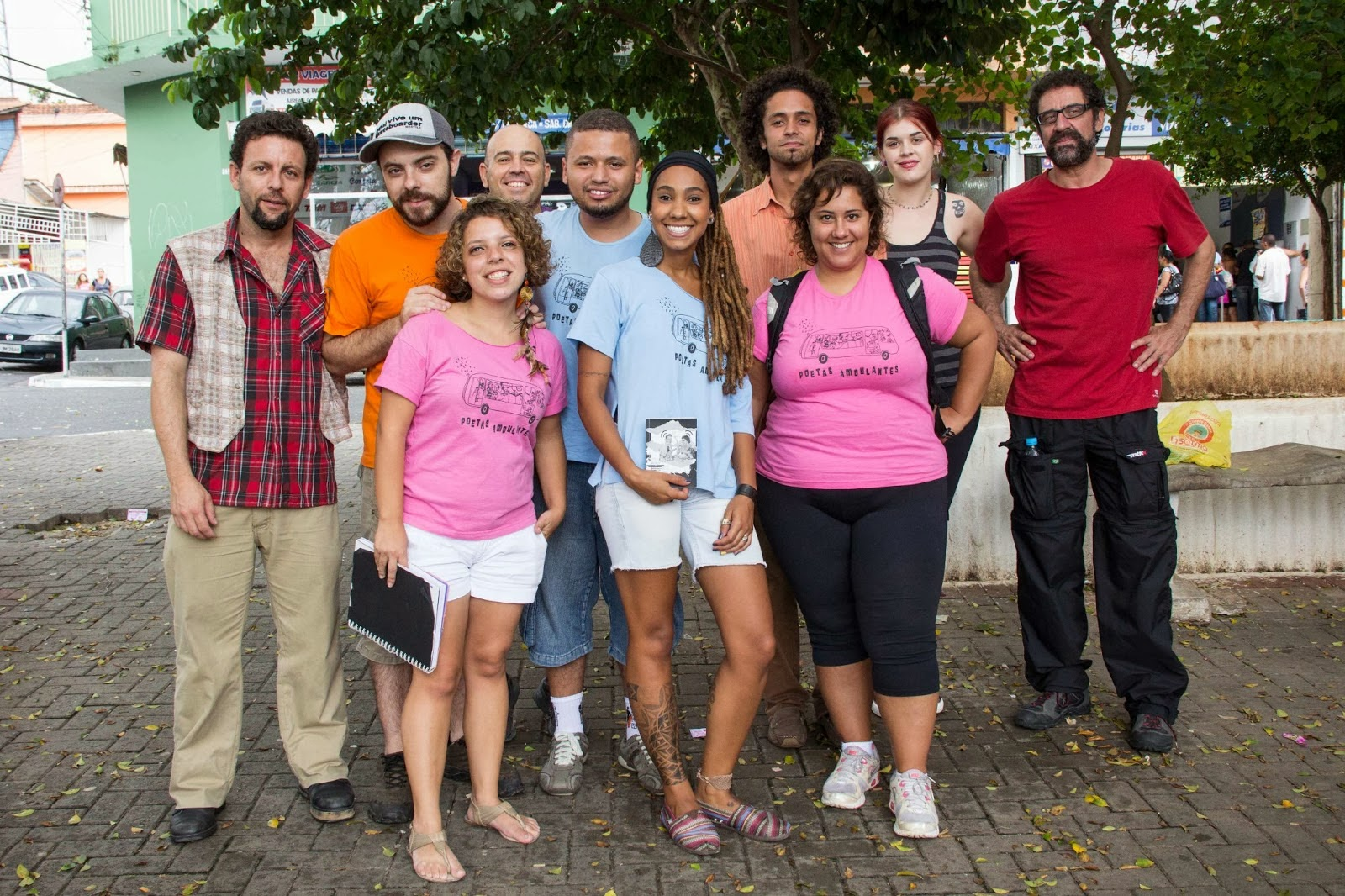 Direto da Praça Vila Joaniza, bairro referência na minha vida