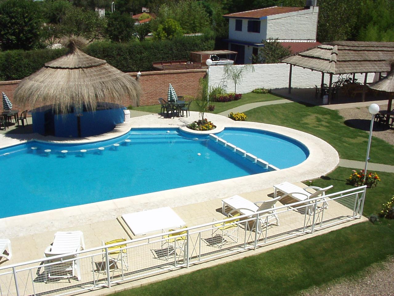 hidrorumipal piscinas: piscina el portal de la villa