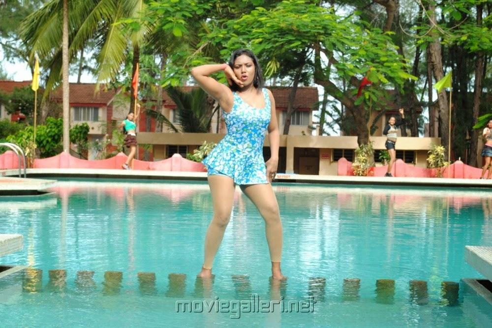 Sexy photos nude gujrat shool girls