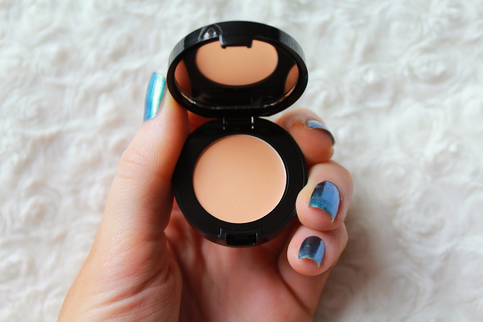 Bobbi Brown Colour Corrector in Light Peach