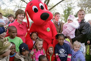 photo of a clifford the big red dog mascot
