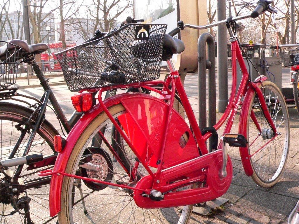 Fahrrad Köln Blogparade Rad radeln fietsen rot