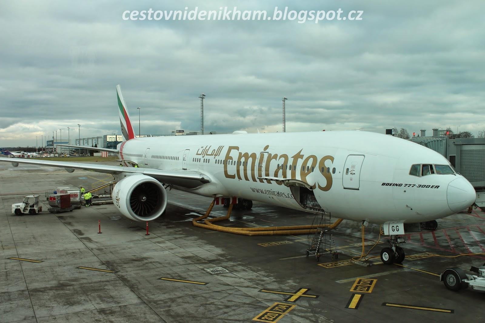 letadlo Praha - Dubaj // airplane Boeing 777-300