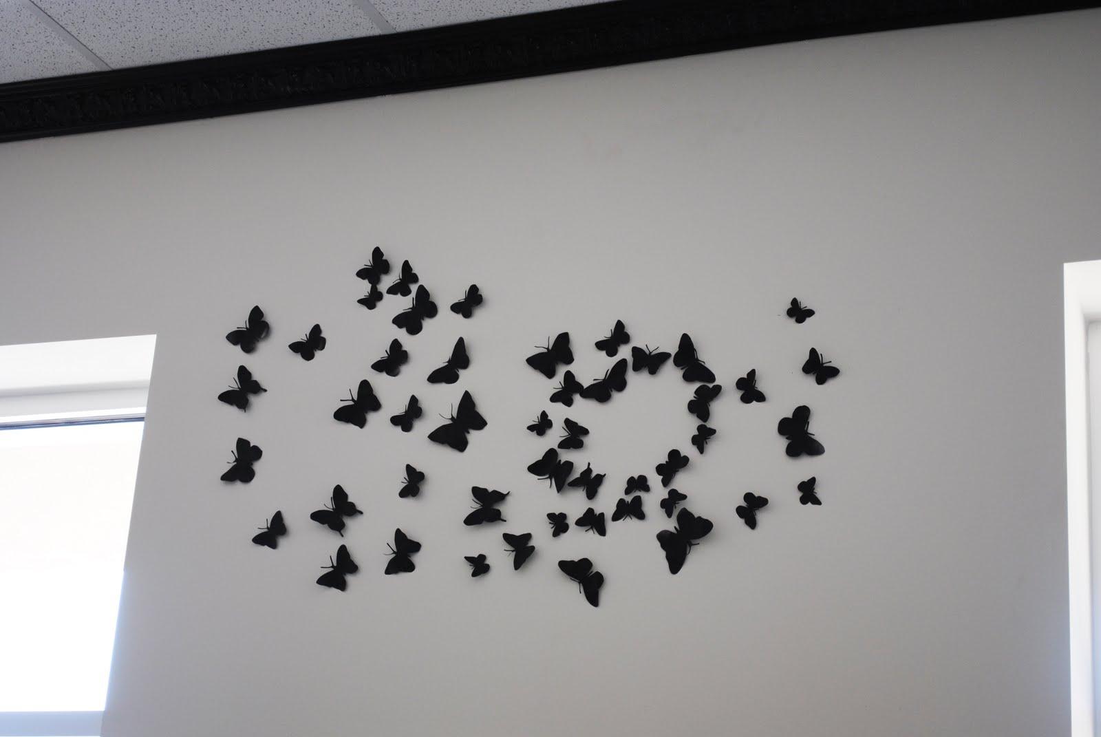 Узор из бабочек на стену фото