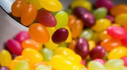 Edible glitter, edible glitters