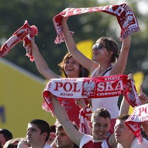 สกอร์ อัพเดต ผลบอลยูโร 2012 รัสเซียชนะเช็ค 4-1 กรีซเสมอโปแลนด์ 1-1