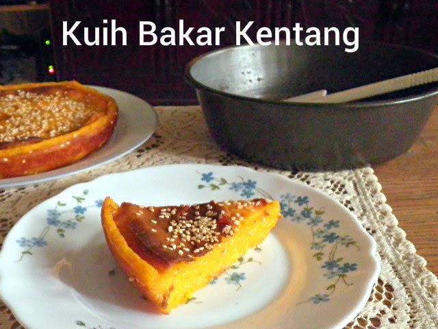 Baked Potato Cake Recipe @ http://treatntrick.blogspot.com