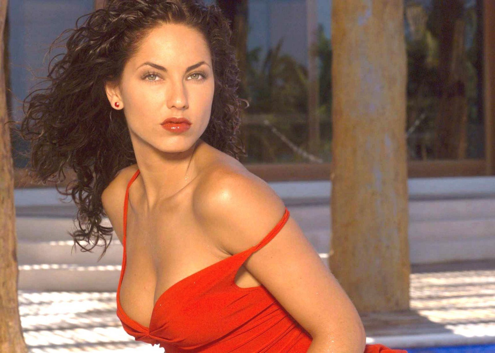 Barbara Mori Red Hot Bikini in Rubi HQ Images - World Hot Actress