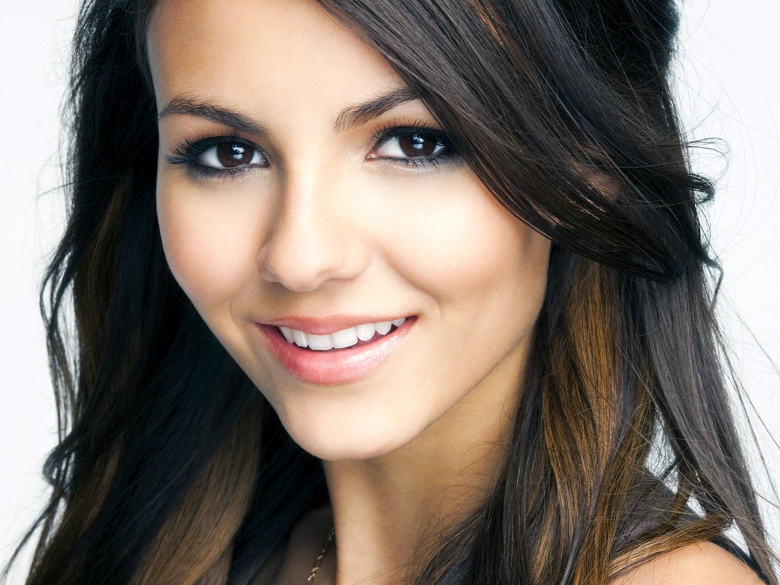 Victoria Justice Images Hot