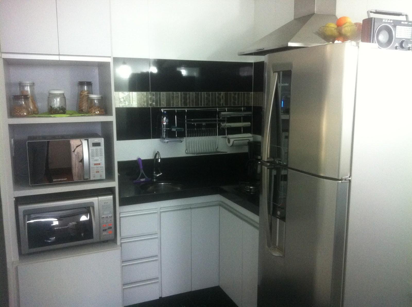 Otto Arquitetura Interiores Iluminação: Cozinha Roberto e Lane #7B6950 1600 1195