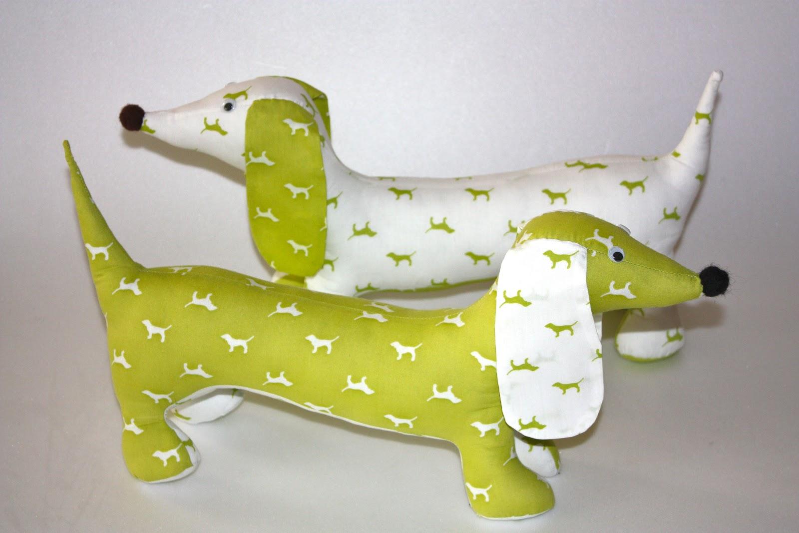 Какую игрушку можно сшить из желтой ткани 51
