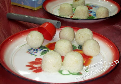 tools for hainanese chicken rice balls