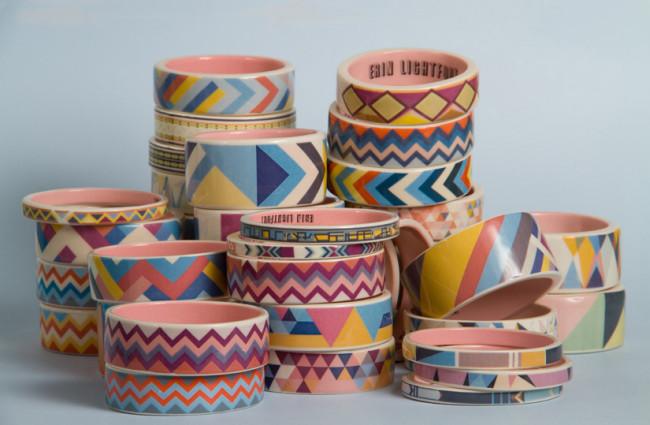 Diseño de pulseras o beads y jarrones de ceramica