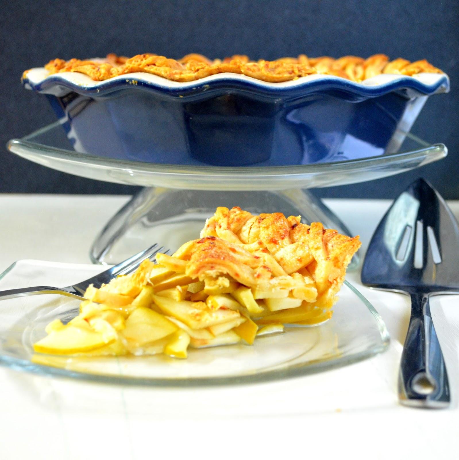 secret recipe club! cheddar cheese apple pie!
