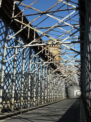 Wykratowanie mostu w Tczewie