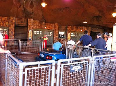Radiator Springs Racers station platform loading