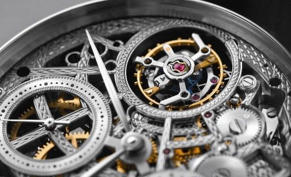 Đồng hồ nam cơ với thiết kế tinh xảo