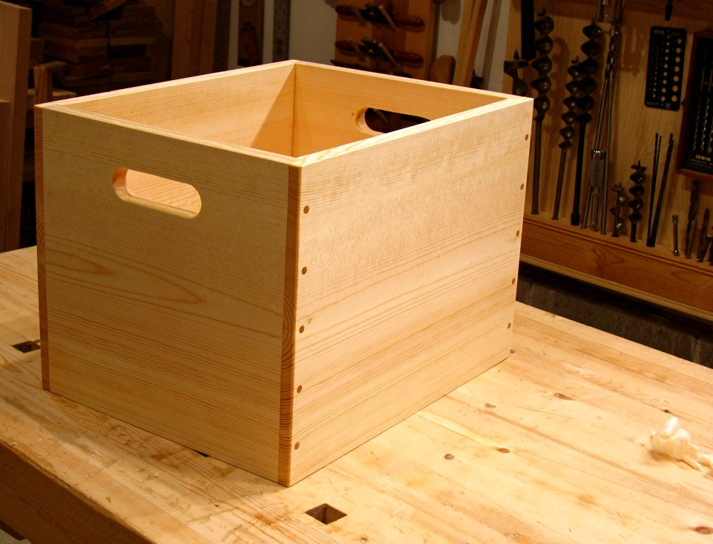 I learn The woodworking project: Looking for Build wooden storage box