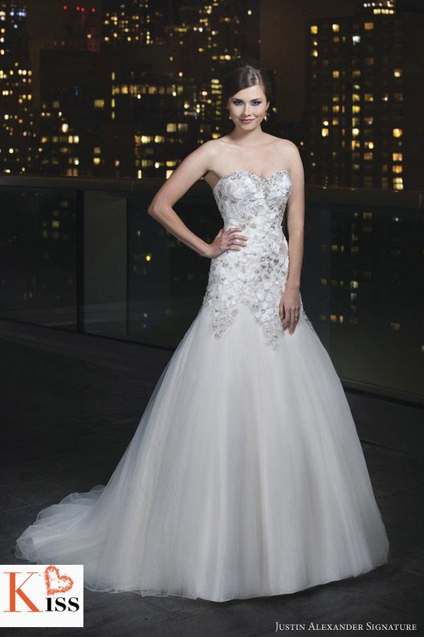 Cheap wedding gowns online blog justin alexander for Discount wedding dresses maryland