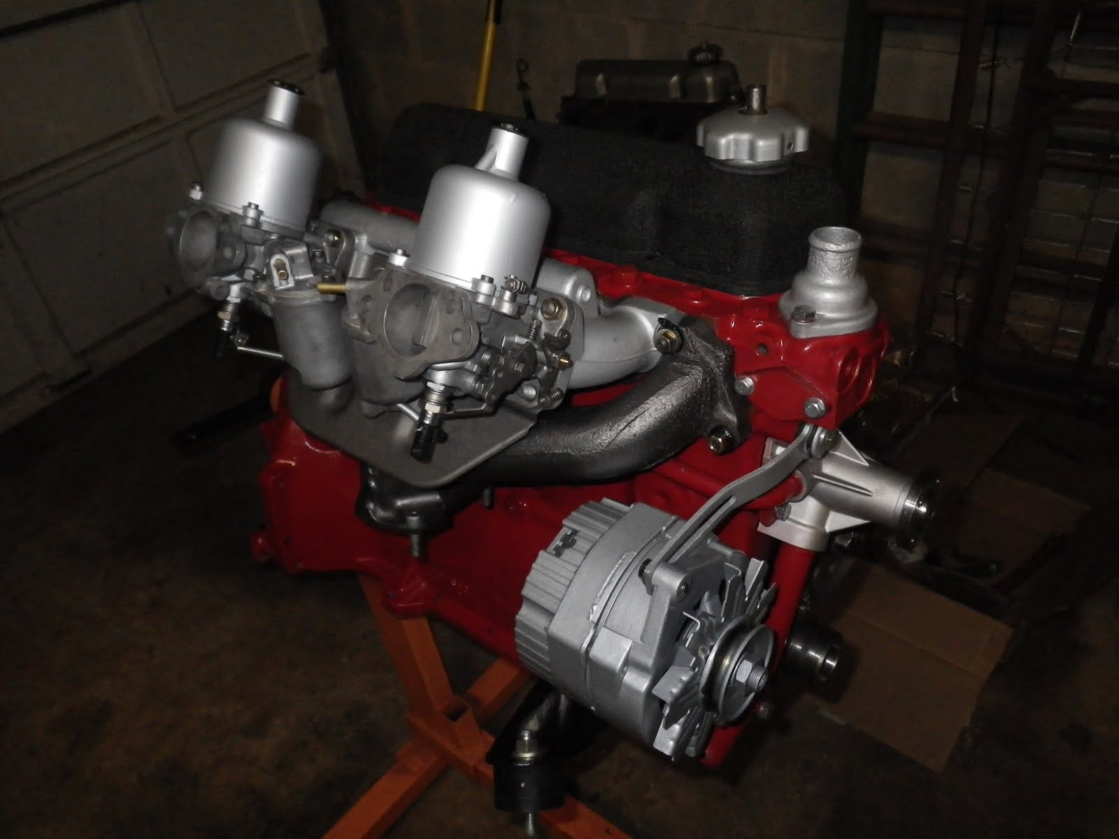 vintage 68 volvo 122s alternator swap turbobricks forums found an image of a delco 10si alternator on a b18 b20 using the swedish embassy kit