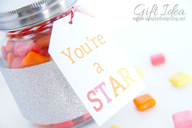 Quick and Simple Gift Idea: You're A Star with FREE Printable | perfect quick gift idea for graduation, teacher appreciation, mother's day, father's day, recitals or end of the year programs! | It's really simple to put together and is so cute and customizable too!  | #DuckTape #HandmadeGift #Gift #Printable #spon